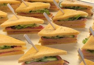 mini sandwich vlees